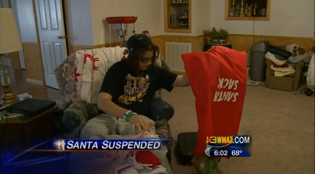 High School Student Suspended Over 'Threatening' Facebook Post Was Planning to Dress Up Like Santa and Hand Out Candy Canes to Classmates