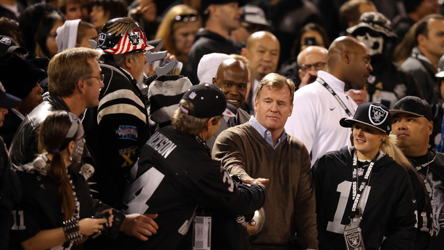 The Raiders Cost Oakland 200 Police Officers In A Startlingly D…
