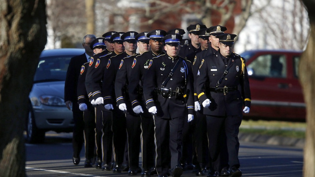 Police in Newtown Won't Have to Work Christmas Day Due to Generosity of Neighboring Officers