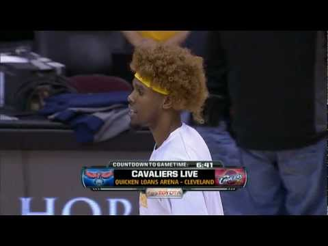 Anderson Varejao Wig Night Was Exactly The Whimsical Clown-Nigh…
