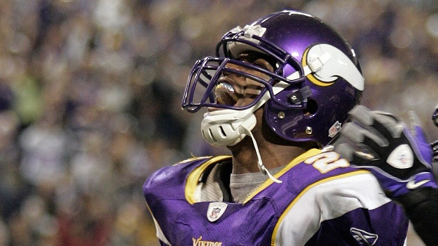 Adrian Peterson Says He Will Run For 2,500 Yards In 2013, So Na…