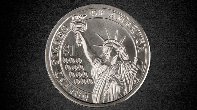 Click here to read Your Guide to the Trillion-Dollar Platinum Coin That Obama Can Mint to Save the World