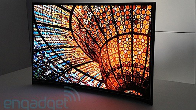 Click here to read Samsung's Got a Giant OLED TV That Curves