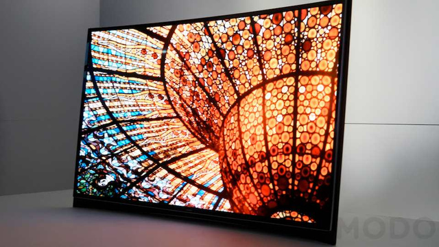 Click here to read Samsung's Got a Giant OLED TV That Curves (Updated: Hands On)