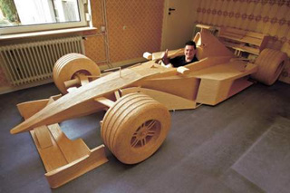 Man Builds Full Scale Mercedes F1 From 956,000 Matchsticks