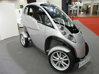 Lumeneo Smera: 80 MPH EV Gets Geneva Started Down Path Of Weird