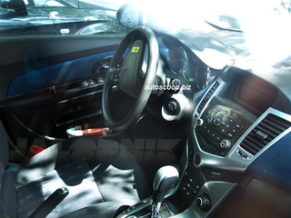 2010 Chevy Cruze Shows Off Its Interior