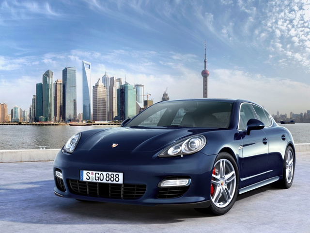 Porsche Panamera: Sub-Five Second Four-Door