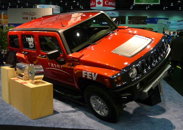 100 mpg electric hummer h3 doesn 39 t actually get 100 mpg. Black Bedroom Furniture Sets. Home Design Ideas