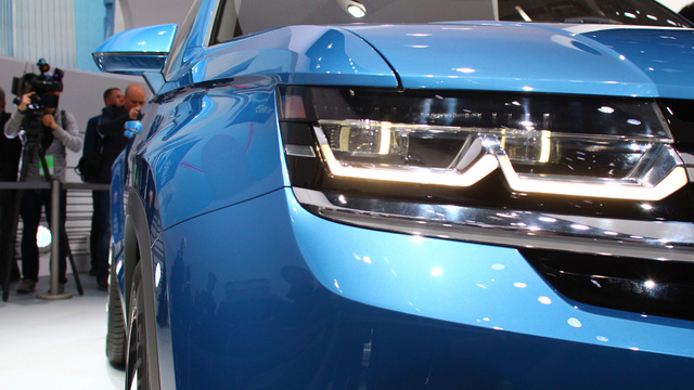Click here to read VW CrossBlue Concept: Screw You, We're Making A Diesel Hybrid SUV Out Of A Golf