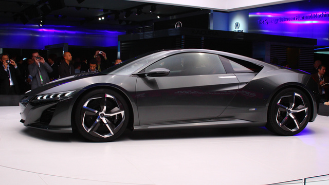 Click here to read The Acura NSX Concept Is The Acura We Really Care About
