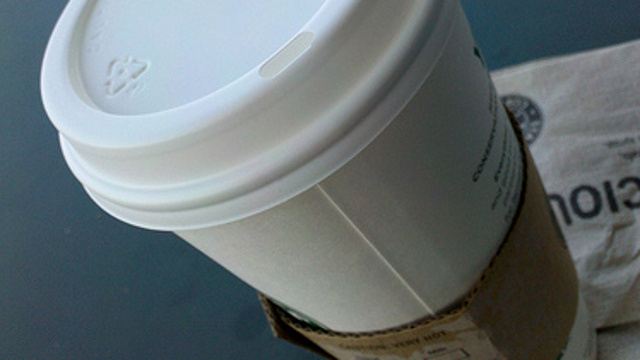 Avoid Paper Coffee Cup Leaks by Making Sure the Hole in the Lid Isn't Lined Up with the Cup Seam