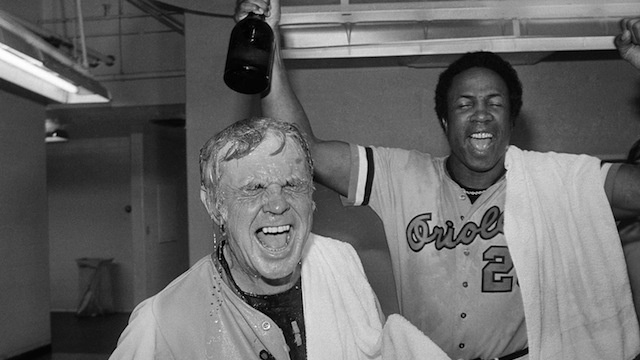 Baseball world mourns loss of O's legend Weaver