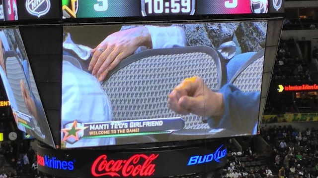 The Dallas Stars Showed An Empty Chair On The Jumbotron, Identi…