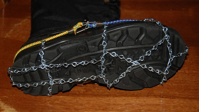 Click here to read Cheap, DIY Ice Chains for Your Boots Will Save Your Ass With Traction