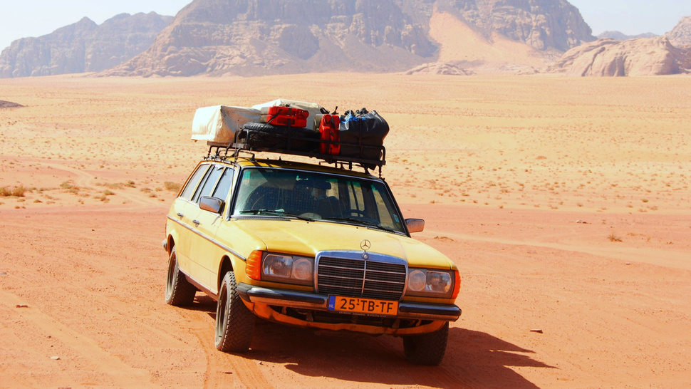 Your Ridiculously Awesome Safari Adventure Mercedes Wagon Wallpaper Is Here