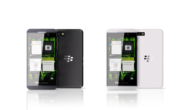 Foto iPhone 5 Vs Blackberry Z10