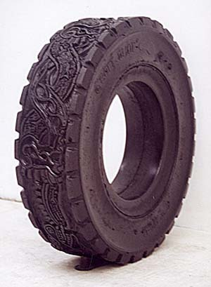 The tire art of romero betsabe for Old tire art