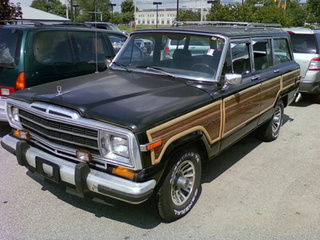 Low-Mileage Jeep Grand Wagoneer To Be Clunkerized