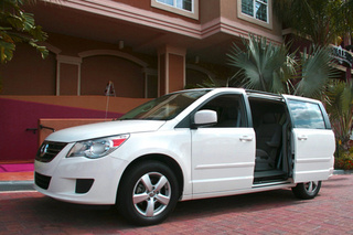 2009 Volkswagen Routan SE: First Drive