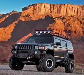 Hummer Shows Off Pair Of Outdoorsy Concepts For SEMA