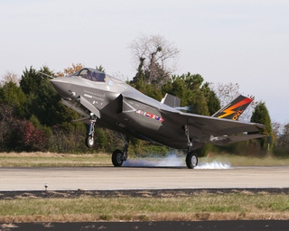 F-35B Lightning II Plans To Take Stealth Vertical