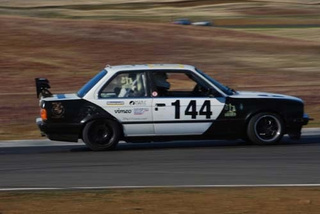 One Hour To Go, Pandamonium BMW E30 Leading