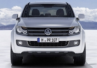 VW Amarok Officially Shows Off Decidedly Un-Wolf-Like Face