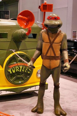 Cowabunga! Teenage Mutant Ninja Turtle's VW Bus