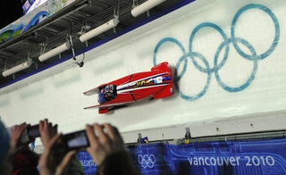 Vintage Bobsleighing: Like The Nürgburgring, But On Ice