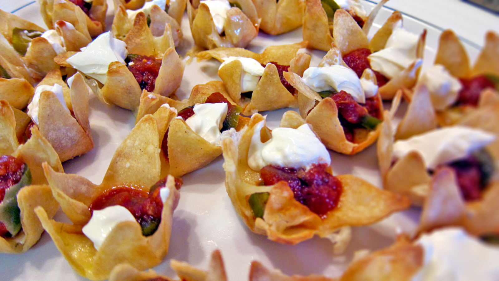 How To Make Mathematically Perfect Nachos | Gizmodo Australia