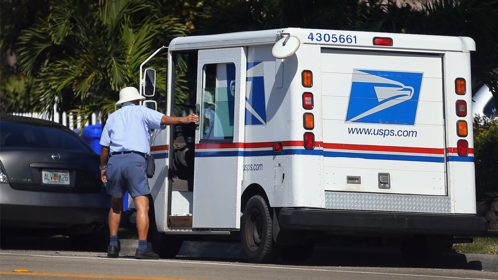 U.S. Postal Service: We Don't Have To Obey Traffic Laws! [Archive ...