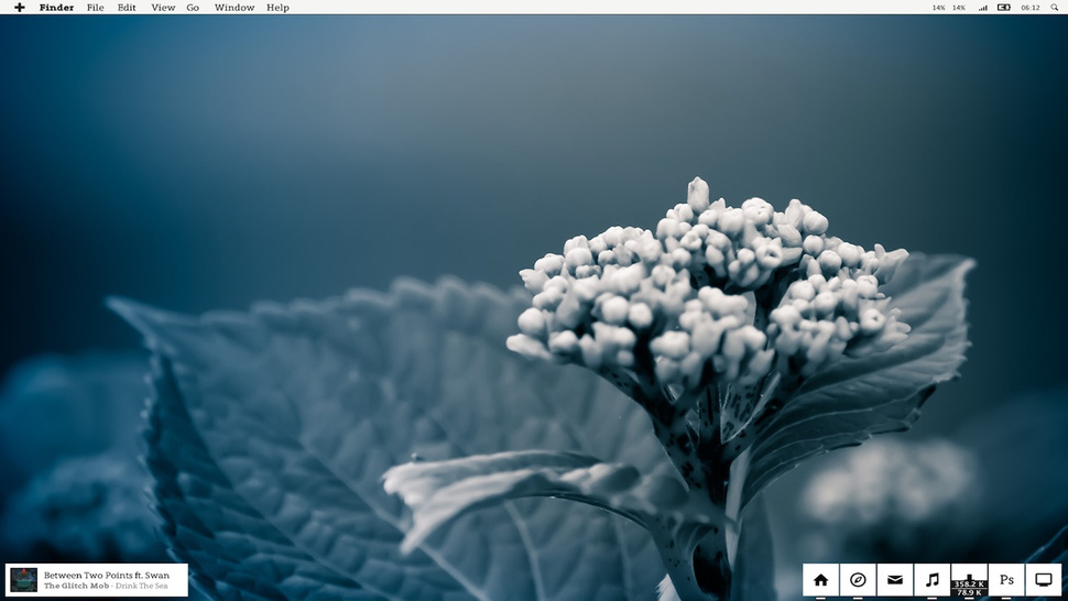 The Winter Bloom Desktop
