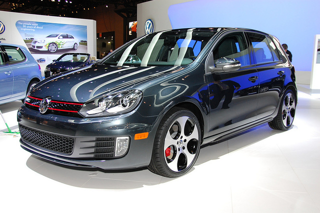 2010 VW Golf GTI: New Look, Same Car
