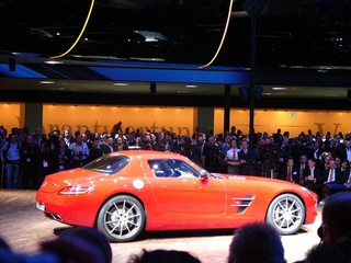 2010 Mercedes SLS AMG: Live Photos!