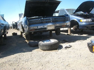 Chrysler 300 and Mercury Marauder X-100 Down On The Junkyard