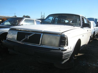 Volvo 240pocalypse Down On The Junkyard