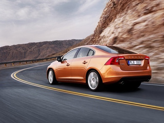2011 Volvo S60: Exterior Press Photos