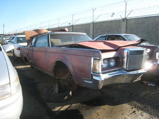 1970 Lincoln Continental Mark III Down On The Junkyard