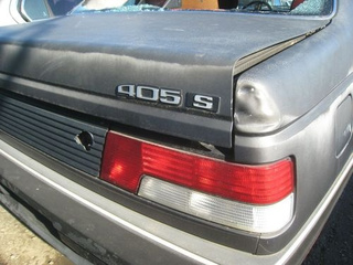 1989 Peugeot 405 Down On The Junkyard
