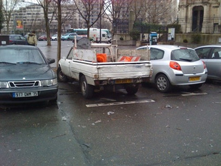 Peugeot 504-amino Down On The Paris Street