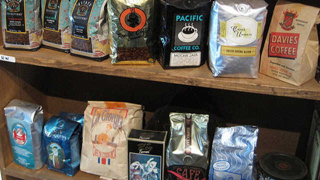 Find Fresh, Quality Coffee by Looking for the Roast Date