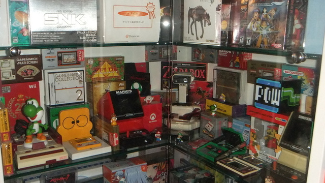 Click here to read A Mind-Boggling 30-Year Collection of Video Games Can Be Yours for Only $550,000