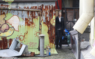 Fringe Season 3 Set Pics