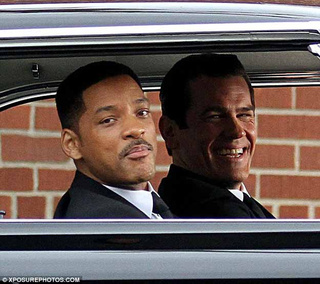 Men in Black III set photos