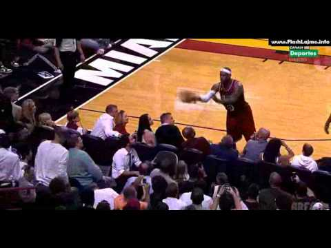 The Ball Went Into The Stands, A Fan Passed It Out To LeBron Ja…