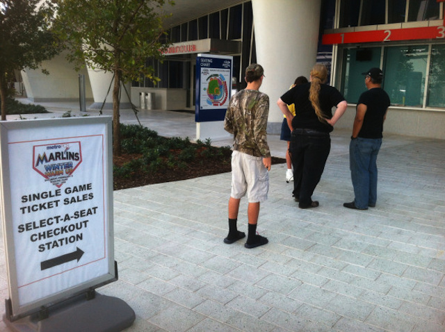 This Is The Line For Single-Game Marlins Tickets Minutes Before They Went On Sale
