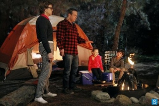 The Neighbors Episode 1.18 Promo Photos