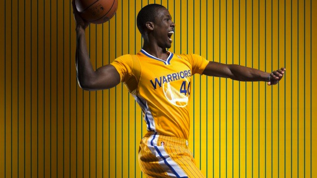 The Golden State Warriors' New Alternate Jersey Has Sleeves, Fo…
