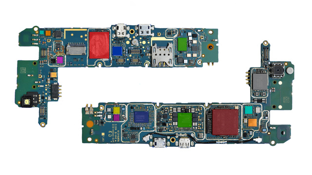 BlackBerry Z10 Teardown: A